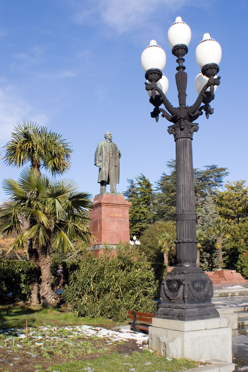 Ленин и фонарь