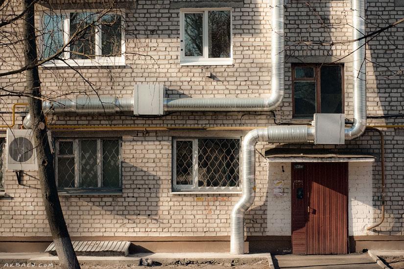Питон жилого дома