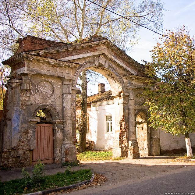 Серпухов, ворота Сологуба