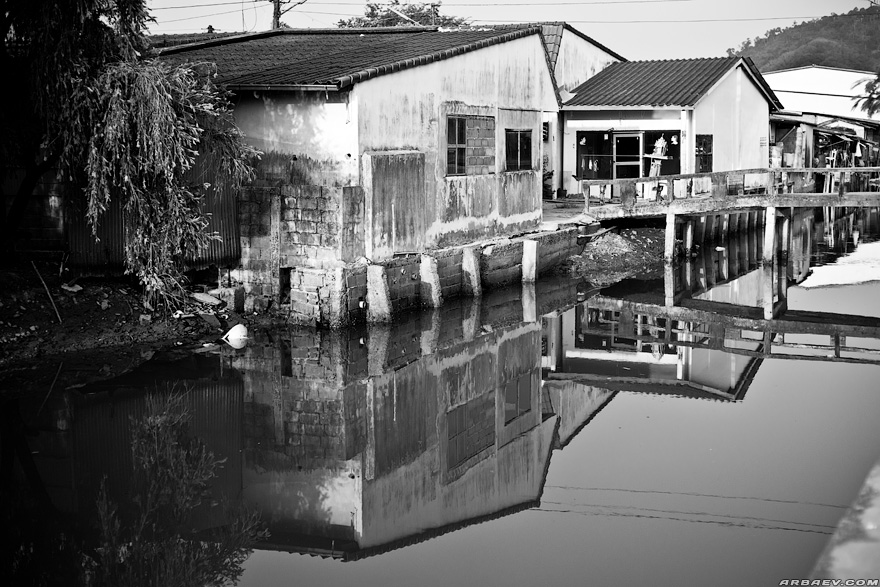 Phuket Slum (5)